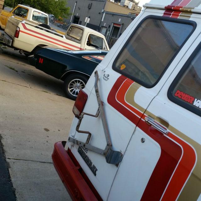 1992 Chevrolet G Series G20 Camshaft: 1986 One Of A Knd AFX Theme G10 CHEVY VAN HI-TOP SWB