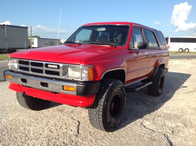 1986 Toyota 4Runner 1 OWNER 22RE 4 CYLINDERS 5 SPEED MANUAL 4X4