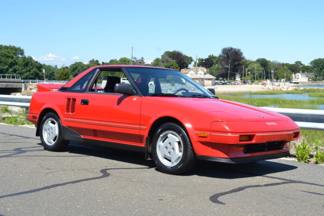 1986 Toyota MR2 2dr Coupe 5-
