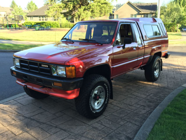 1986 toyota sr5 pickup 4x4 extra cab 4 39 cyl efi 22re all factory a c 165k miles for sale photos. Black Bedroom Furniture Sets. Home Design Ideas