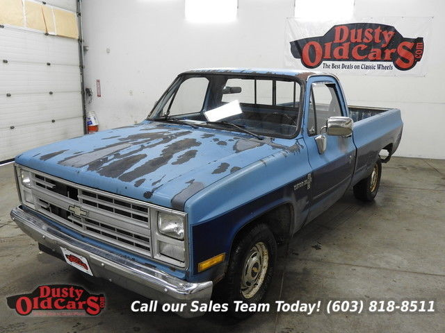 1987 Chevrolet C-10 Runs Drives Body Inter Good 4.3LV6 4 Spd Manual