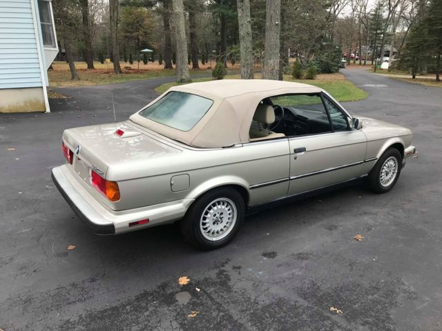 1987 Gold BMW 3-Series 325i Convertible with Tan interior