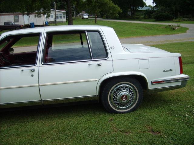 1987 cadillac deville 4 door sedan for sale photos. Black Bedroom Furniture Sets. Home Design Ideas