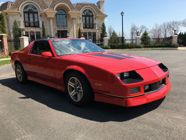 1987 Chevrolet Camaro Iroc-Z Z28 Coupe 2-Door