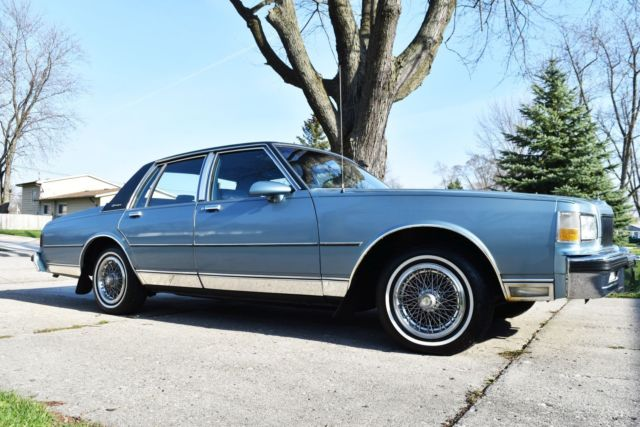 1987 Chevrolet Caprice Classic Brougham Clean One Owner Low Miles V8 5.7L