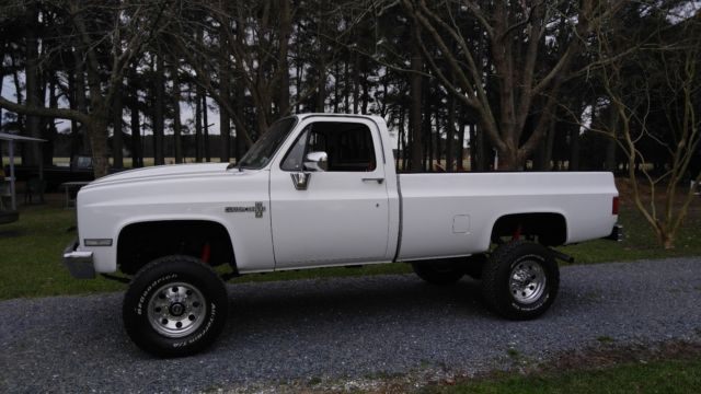 1987 Chevrolet Other Pickups Custom deluxe cab