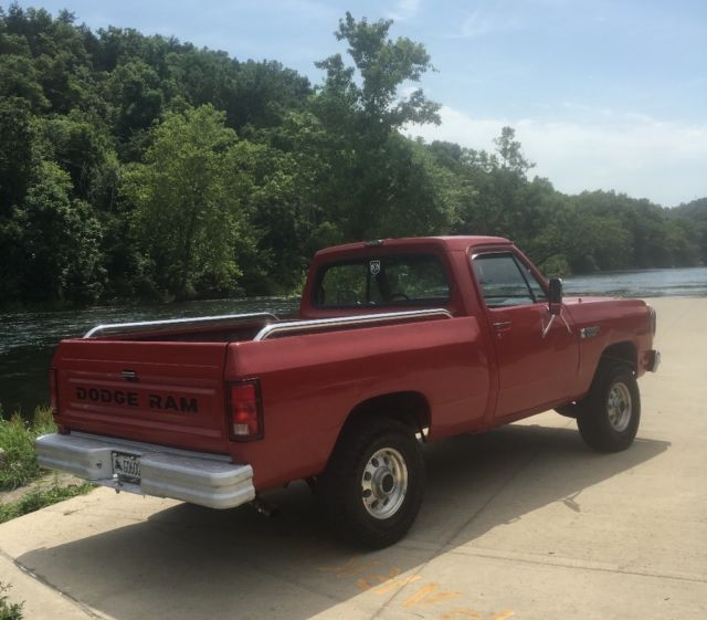 1987 dodge ram d150 former air force truck for sale photos technical specifications description. Black Bedroom Furniture Sets. Home Design Ideas