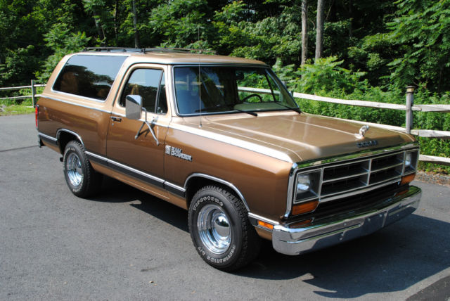 1987 Dodge Ramcharger LE150