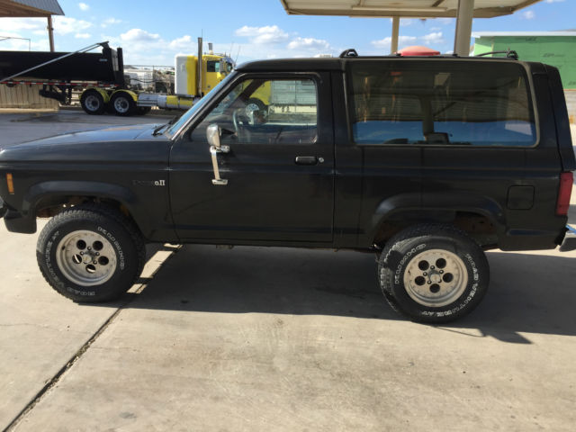 1987 Ford Bronco II XL Sport Utility 2-Door