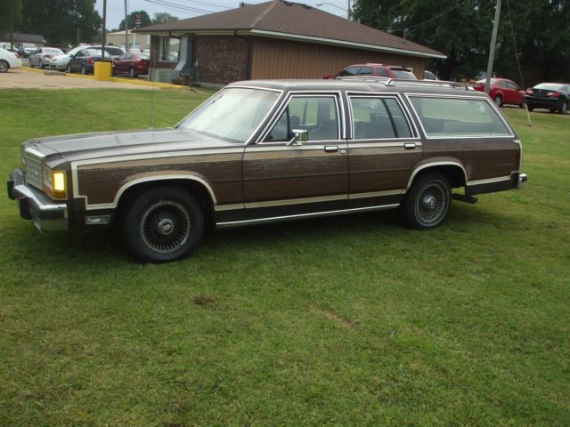 1987 Ford COUNTRY SQUIRE STATION WAGON