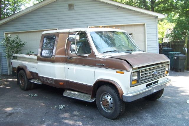 1987 Ford E-Series Van