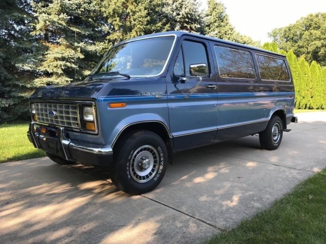 1987 Ford E-Series Van XLT