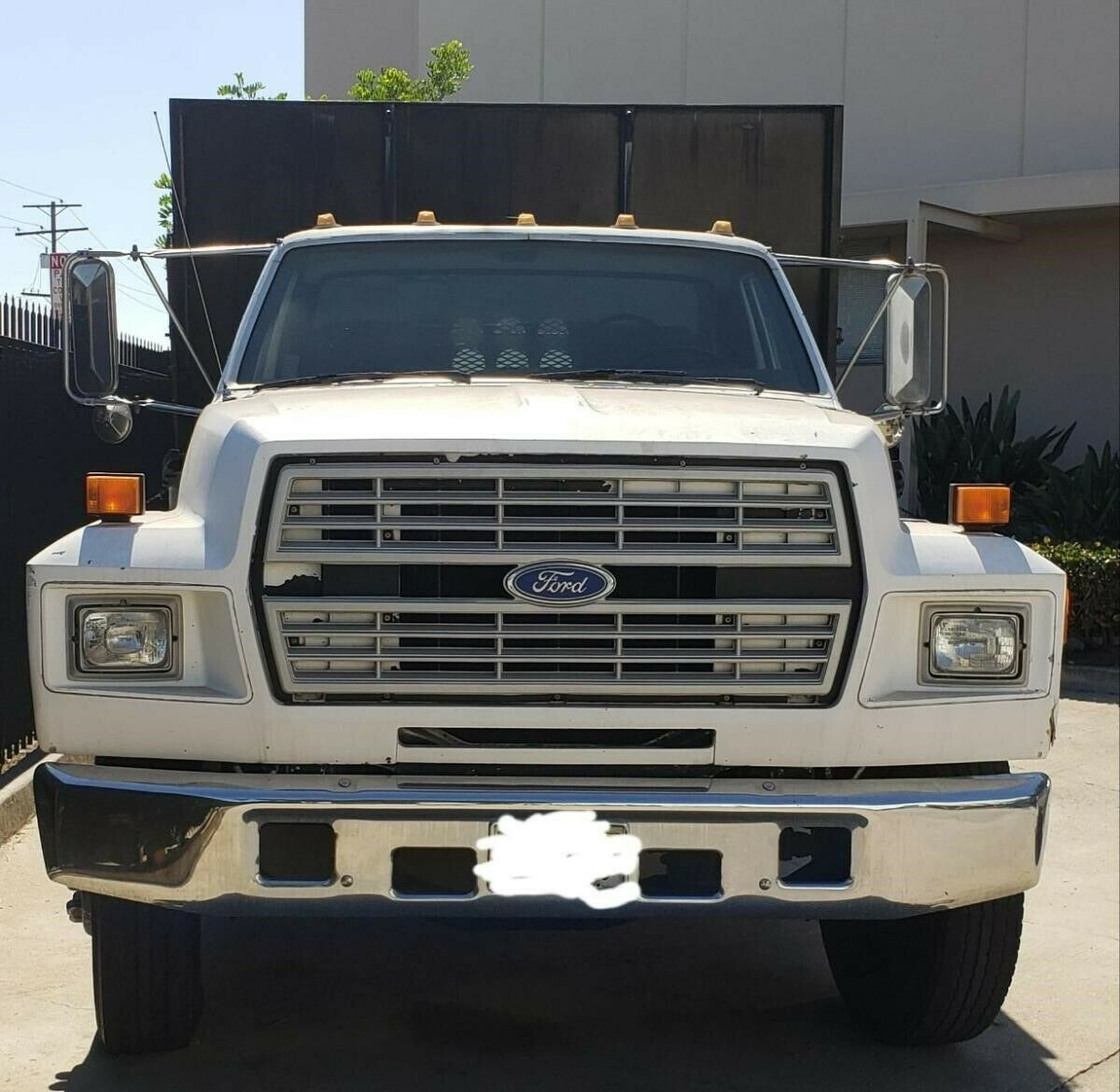 1987 Ford F700