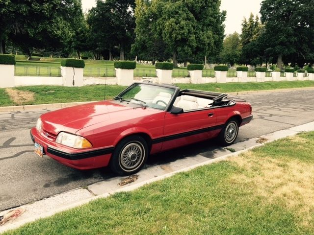 1987 Ford Mustang LX Convertible 2-Door 2 3L with only