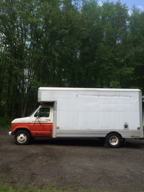 1987 Ford E-Series Van 350