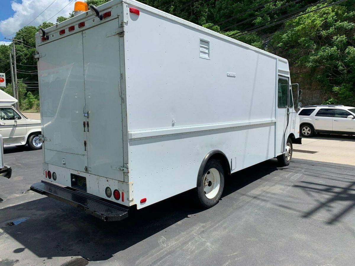 1987 Gmc P35 Step Van Food Truck Possible Camper Conversion For Sale Photos Technical Specifications Description