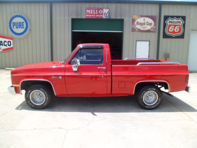 1987 GMC 1/2 Ton Pickups --