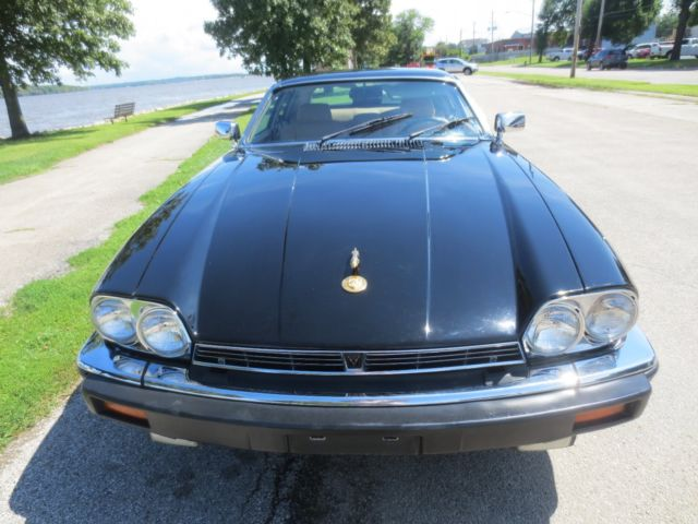 1987 Black Jaguar XJS Coupe with Tan interior