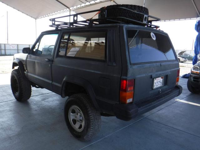 1987 Jeep Cherokee 2