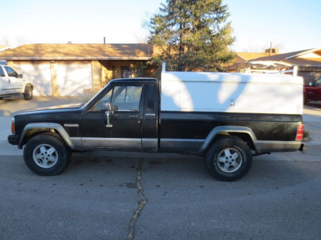 1987 Jeep Comanche Base