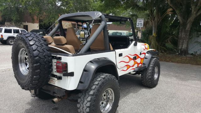 1987 jeep wrangler customized white for sale photos technical specifications description. Black Bedroom Furniture Sets. Home Design Ideas