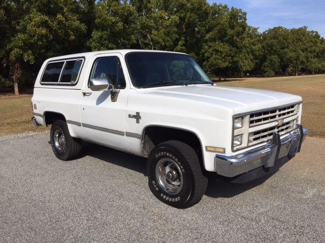1987 K5 Blazer 4X4 350 TBI Fuel Injection 700R4 Auto Loaded