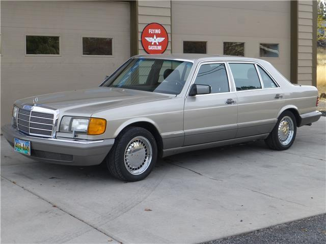 1987 Mercedes-Benz 500-Series 560SEL 4dr Sedan