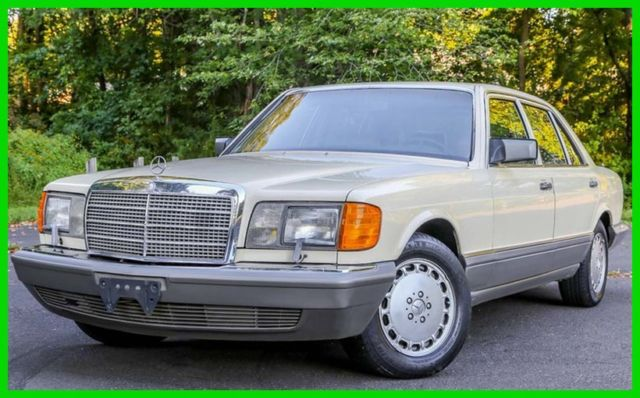 1987 Mercedes-Benz 300-Series 4 Dr Turbodiesel