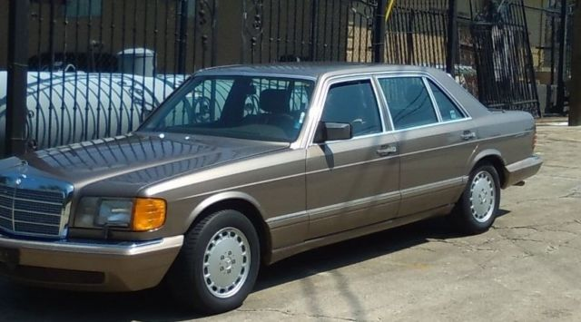 1987 Mercedes-Benz 500-Series 560 SEL