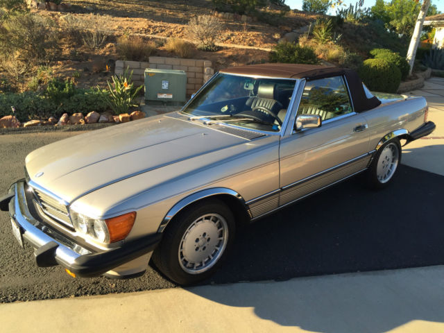 1987 Mercedes-Benz SL-Class 560 SL Coupe/Roadster 2D