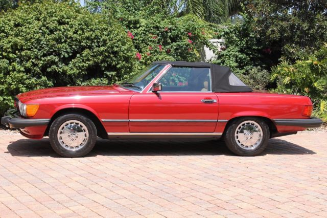 1987 Mercedes-Benz 500-Series SL560 Classic Luxury Roadster