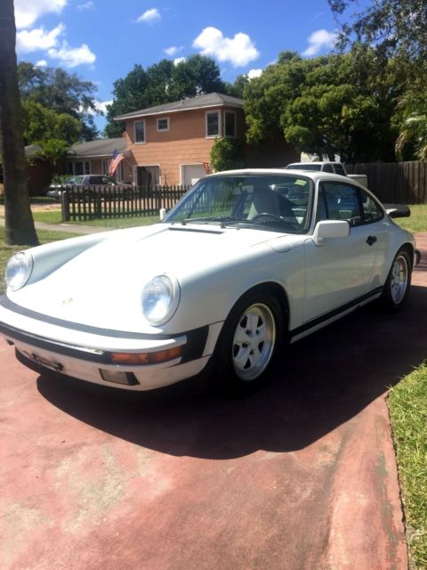 1987 Porsche 911 Carrera Coupe 2-Door
