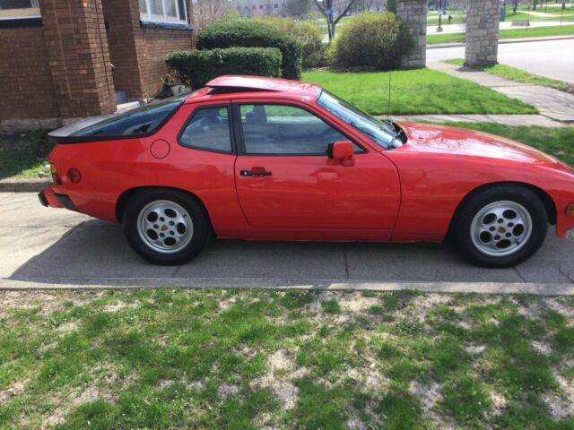 1987 Red Porsche 924 Coupe with Black interior