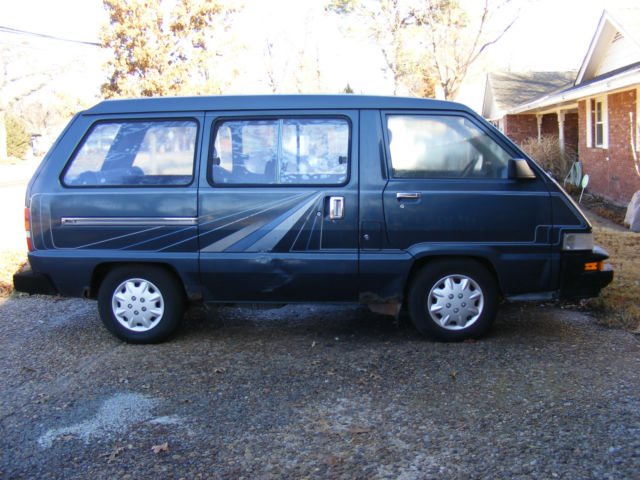 1987 Toyota Cargo Van 2 Wheel Drive 4 Cyl Engine Rox 290 000 Miles