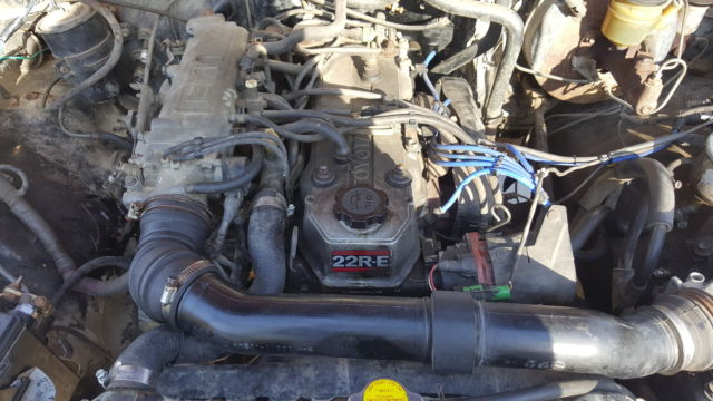 1987 Toyota Pickup 22re 5 speed for sale: photos, technical