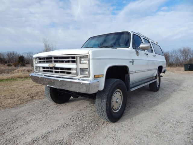 1988 chevrolet 2500 suburban fuel injected 350 v 8 auto lifted 4x4 for sale photos. Black Bedroom Furniture Sets. Home Design Ideas