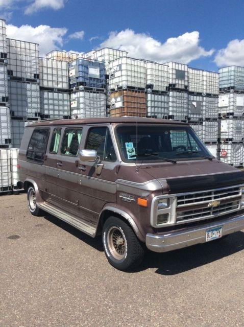 1988 Chevrolet G 20 Sportvan Winnebago NO RESERVE for sale: photos