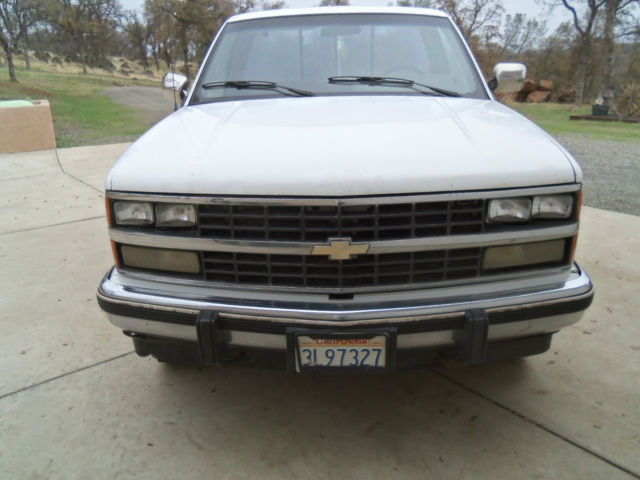 1988 chevy silverado 1500 short bed 4wd pickup truck 1 2 ton c k 10 for sale photos technical. Black Bedroom Furniture Sets. Home Design Ideas