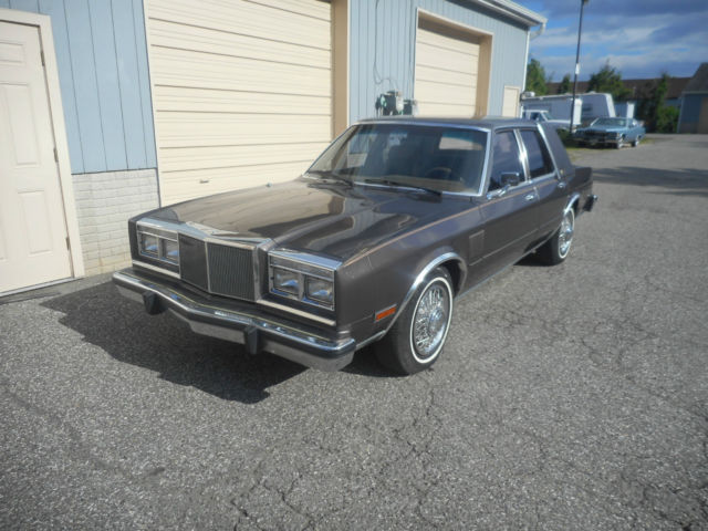 1988 Chrysler Fifth Avenue