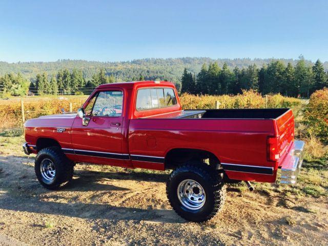 1988 Dodge Ram Power Ram Wagon 1500 4x4 Low Miles