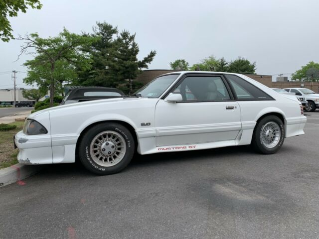 1988 Ford Mustang Gt 5 0 Foxbody Hatchback V8 5 Speed Manual