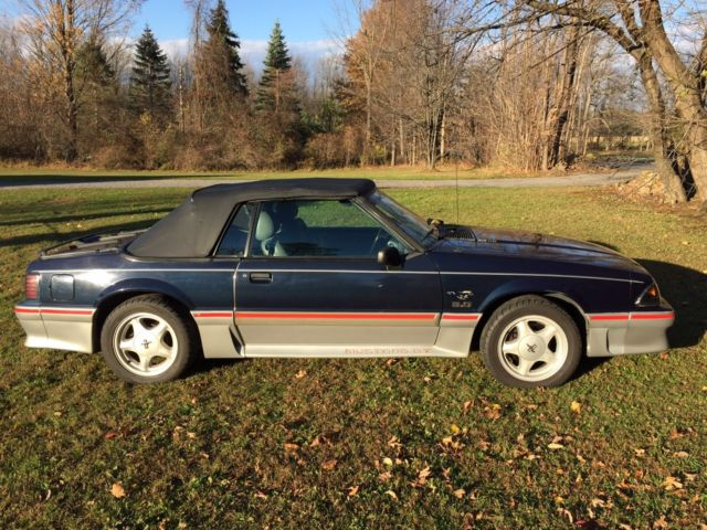 1988 ford mustang gt 5 0 h o convertible no reserve for sale photos technical specifications. Black Bedroom Furniture Sets. Home Design Ideas
