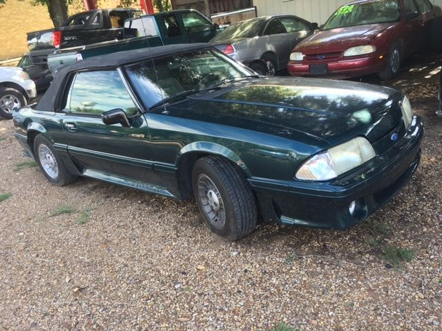 1988 Ford Mustang CONVERTABLE