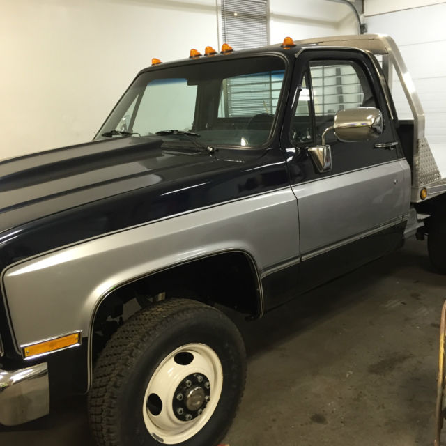 1992 Chevrolet 3500 Regular Cab Interior: 1988 GMC V3500 Cab And Chassis W/Aluminum Flatbed For Sale