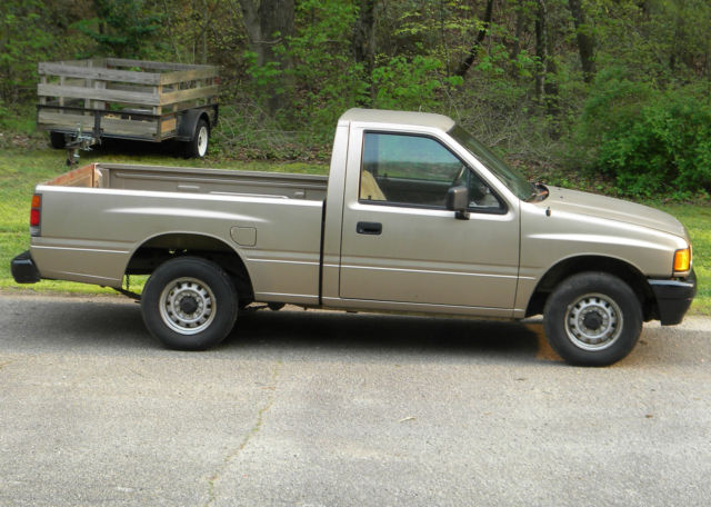 1988 isuzu pickup truck pup diesel for sale photos technical specifications description. Black Bedroom Furniture Sets. Home Design Ideas