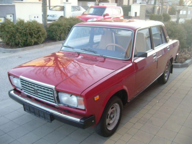 1988 lada 2107 russian 1 owner car in beautiful 100 original factory condition for sale photos. Black Bedroom Furniture Sets. Home Design Ideas