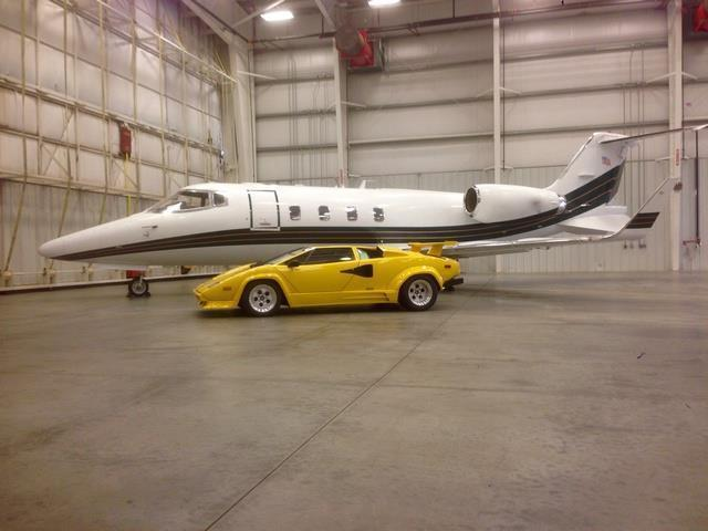 1988 lamborghini countach 13890 miles yellow 12 cylinder 5 speed manual for s. Black Bedroom Furniture Sets. Home Design Ideas