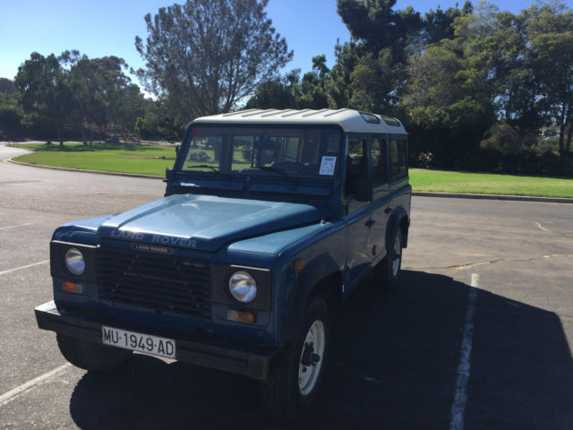 1980 Land Rover Defender Santana 109