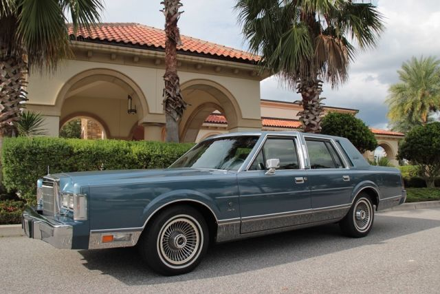 1988 Lincoln Town Car Signature Series For Sale Photos Technical