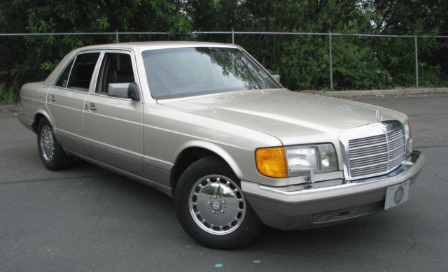 1988 Mercedes-Benz 300-Series 300SE